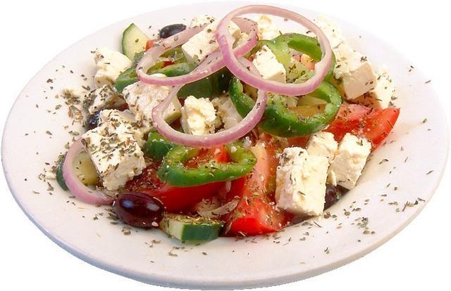 Рецепт Салат с брынзой и помидорами