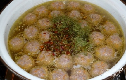 Суп с фрикадельками и картошкой - фото шаг 6