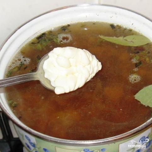 Летний суп из лисичек с плавленым сыром - фото шаг 6