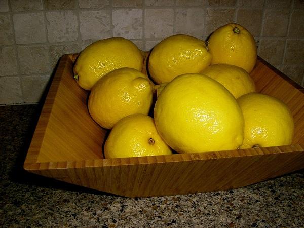 Рецепт Курица в лимонном соусе