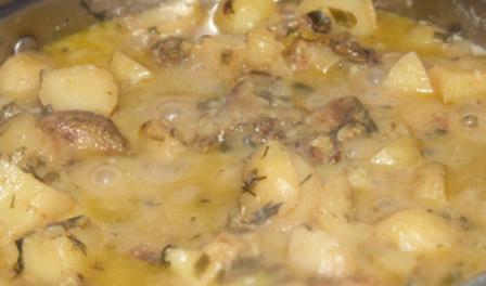 Кабачки тушеные с картофелем - фото шаг 8