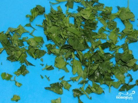 Рулет из лаваша, красной рыбы и огурца - фото шаг 4