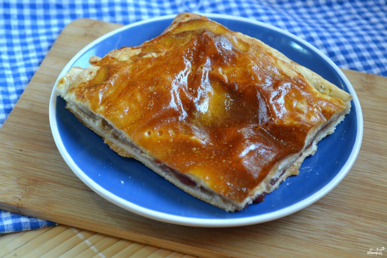 Пирог с малиной из слоеного теста