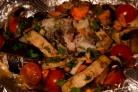 Форель, запеченная с овощами