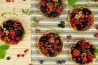 Песочные корзиночки с ягодами