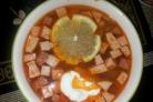Суп с колбасой в мультиварке