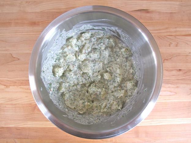 Картофельный салат с укропом - фото шаг 2