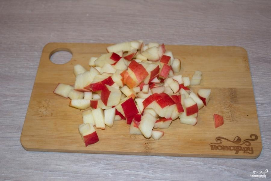 Штрудель с яблоками из слоеного теста - фото шаг 2