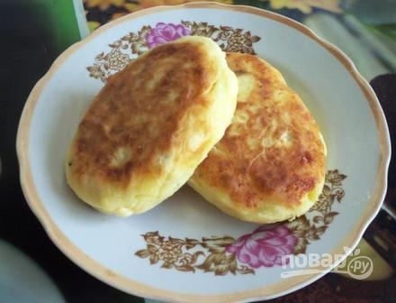 Картофельные пирожки с начинкой - фото шаг 8