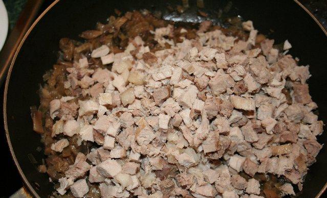 Жульен со свининой и грибами - фото шаг 5