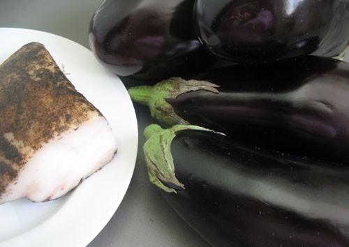 Рецепт Баклажаны с салом на мангале
