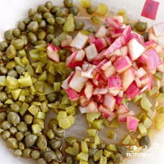 Капустный салат с корнишонами - фото шаг 3