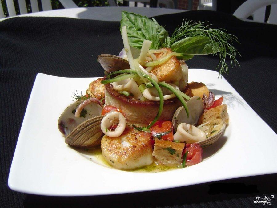 Рецепт Теплый салат с морепродуктами