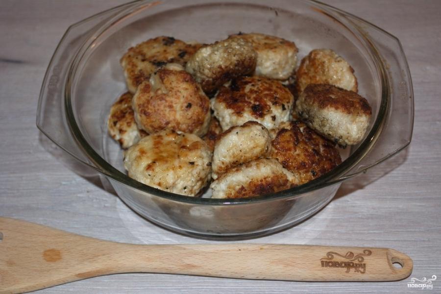 тефтели в духовке в сметанном соусе рецепт пошаговый рецепт