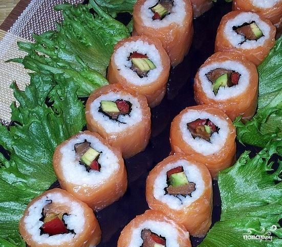 Роллы с лососем - фото шаг 5