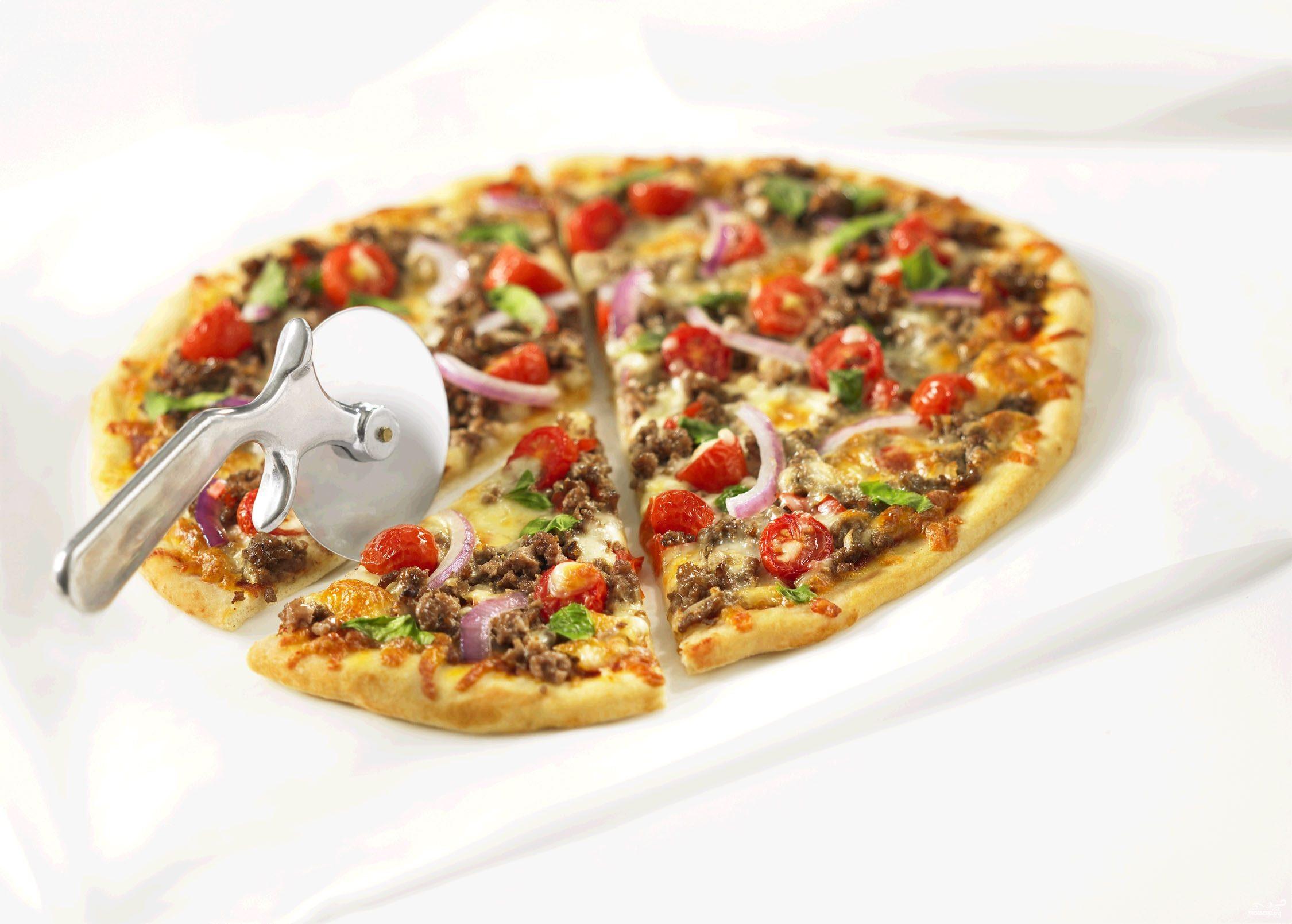 Рецепт Пицца с сырым фаршем