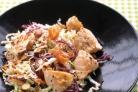 Азиатский салат с лососем