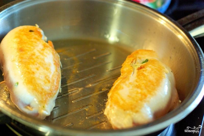 Рулетики из куриной грудки - фото шаг 8