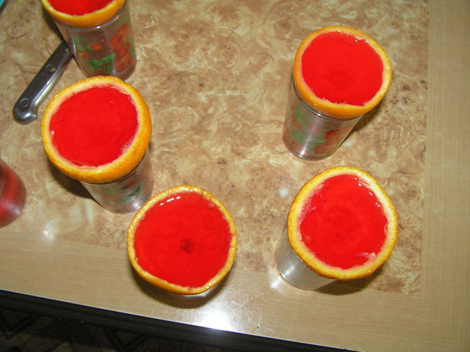 Желе в апельсине - фото шаг 5