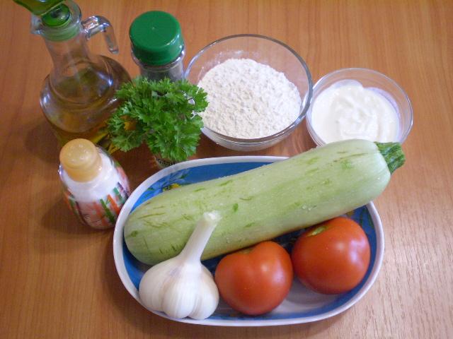 Рецепт Кабачки, жареные с чесноком и помидорами