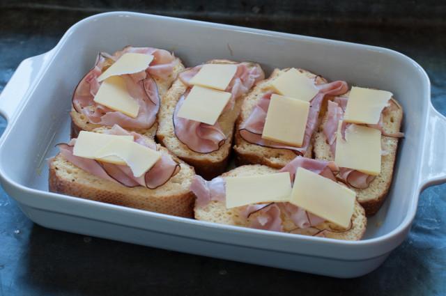 Горячие бутерброды с ветчиной и сыром - фото шаг 6