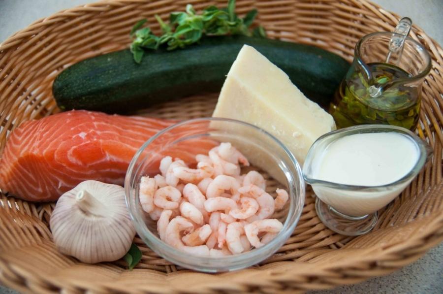 Рецепт Спагетти с лососем под сливочным соусом