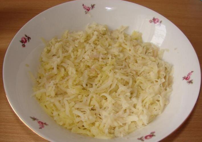 """Рецепт Салат """"Белый лебедь"""" с грибами"""