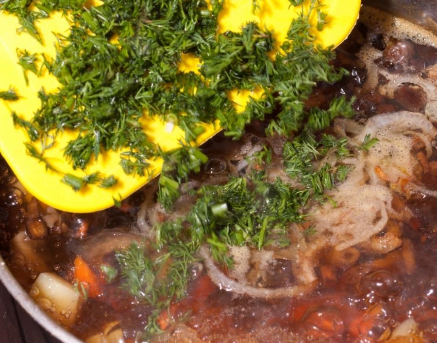 Суп из консервированных грибов   - фото шаг 11