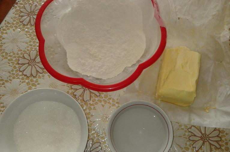 Рецепт Вишневый пирог из песочного теста