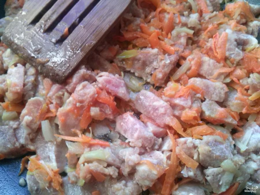 Макароны с фаршем под соусом бешамель - фото шаг 1