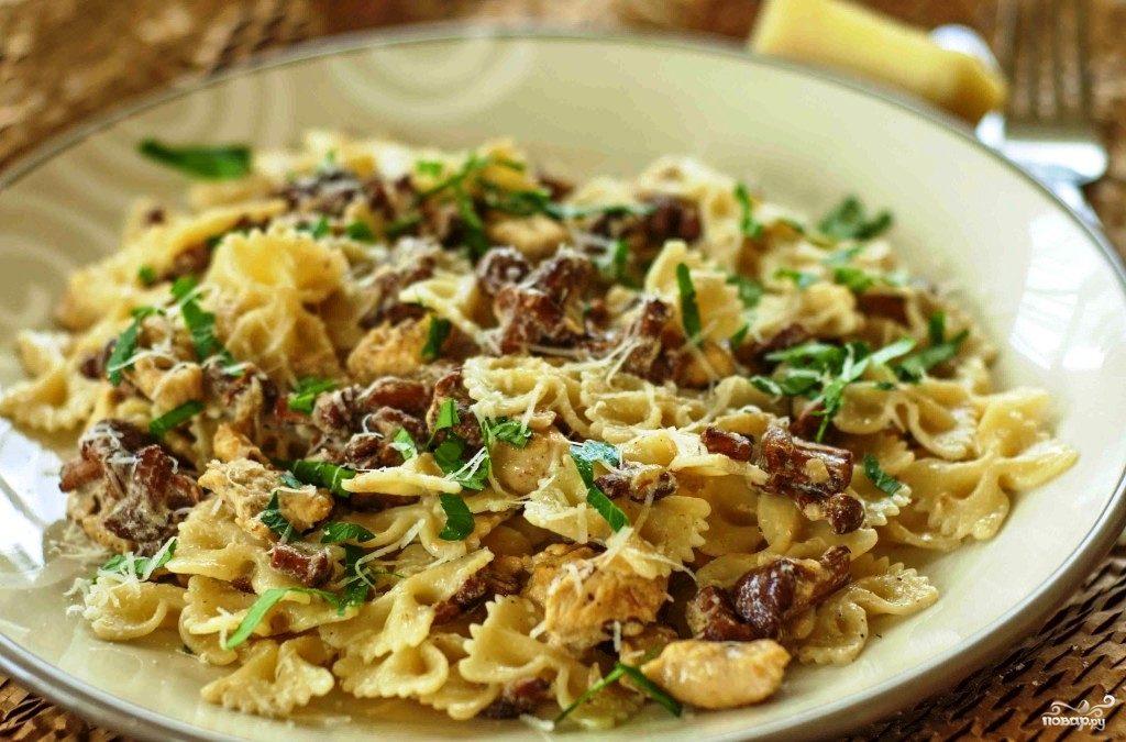 паста в сливочном соусе с грибами и курицей рецепт