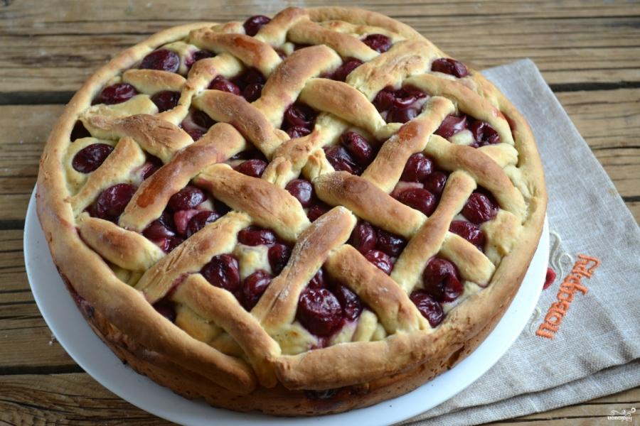 пирог с замороженной вишней рецепт с фото отличие