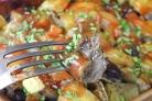 Печень с овощами в духовке