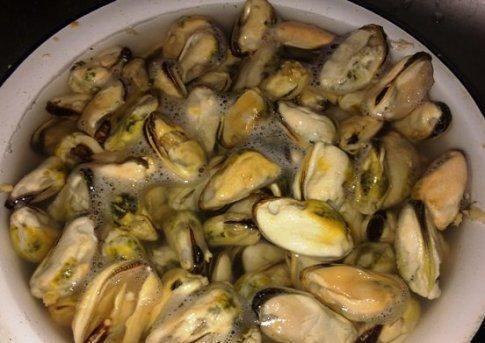 Рецепт Жульен с мидиями и овощами