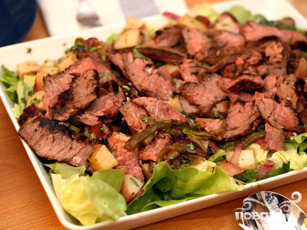 Рецепт Стейк с картофельным салатом