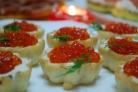 Тарталетки с икрой и творожным сыром