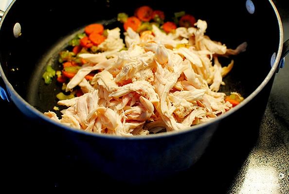 Сырный суп с курицей и рисом - фото шаг 3