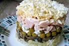 Слоеный салат с ветчиной