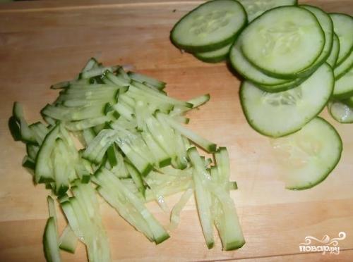 Салат с креветками и пекинской капустой - фото шаг 2