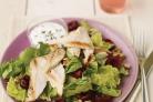 Салат с курицей, вишней и сыром