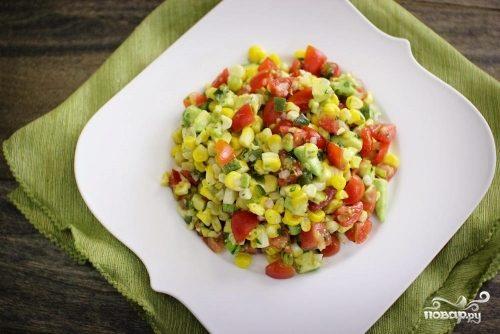 """Салат """"Мексиканский"""" с авокадо"""