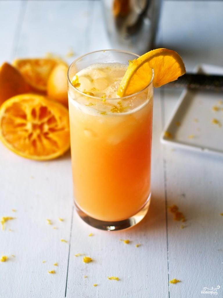 Алкогольный коктейль с апельсиновым соком