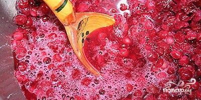 Морс из брусники - фото шаг 2