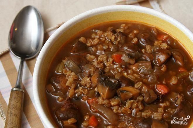 Суп с грибами и фарро