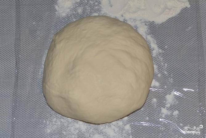 Розочки из дрожжевого теста с сахаром - фото шаг 1