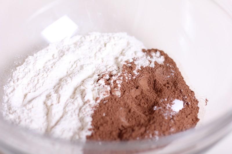 Черничный пирог с шоколадом - фото шаг 1