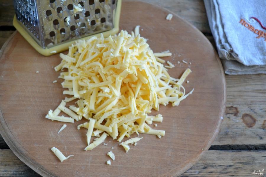 Чебуреки с сыром - фото шаг 4