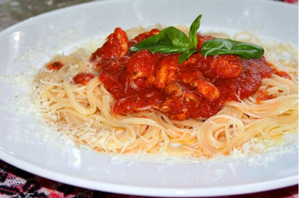 Паста с куриным филе и томатным соусом - фото шаг 3