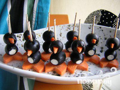 Пингвины из маслин