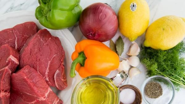 Шашлык из говядины с луком и перцем - фото шаг 1